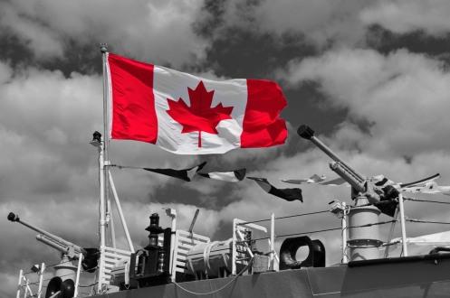 HMCS Ville de Quebec flag